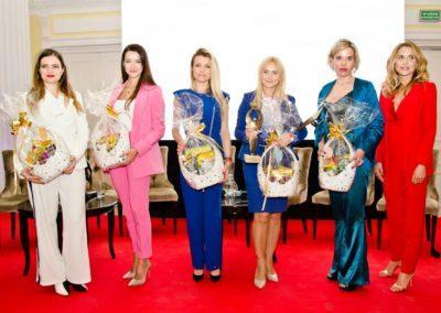 Uczestniczka kalendarza Gwiazd na rzecz fundacji Ewy Błaszczyk Akogo
